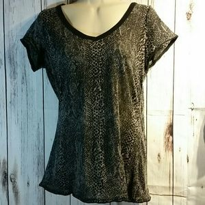 Woman's Maurices black and gray top size M